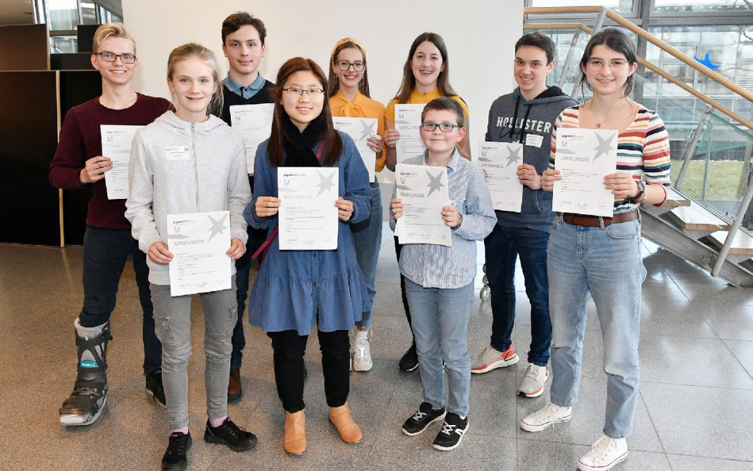 """Nachwuchstalent Hannah Kang zieht in den Landeswettbewerb """"Jugend forscht"""" ein"""