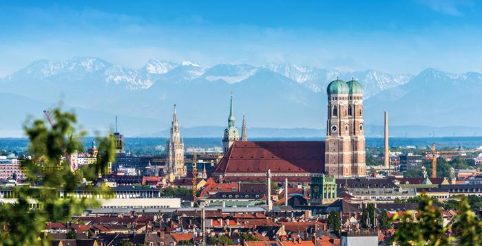 Ein panorama Bild von München