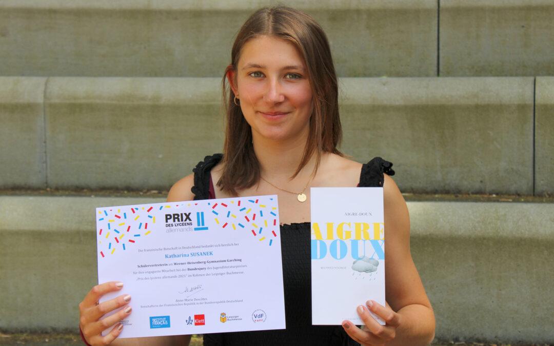 Katharina Susanek debattiert sich auf Französisch in die Bundesjury